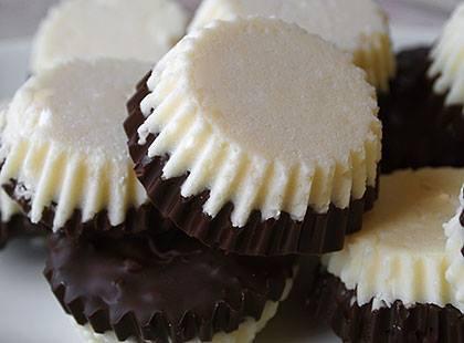 Δίχρωμα σοκολατάκια από την Luise και το Radicio.com!