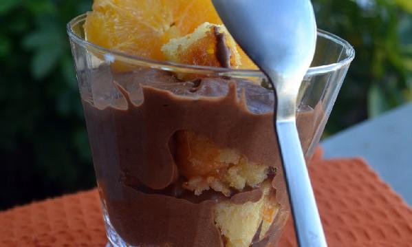 Trifle με κέικ πορτοκάλι και μους σοκολάτας απο την Ιωάννα Σταμούλου και το «Sweetly» !