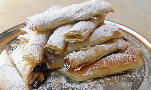 Νηστίσιμες Φλογέρες με μαρμελάδα από την  Αρτεμησία και το Chefoulis.gr !