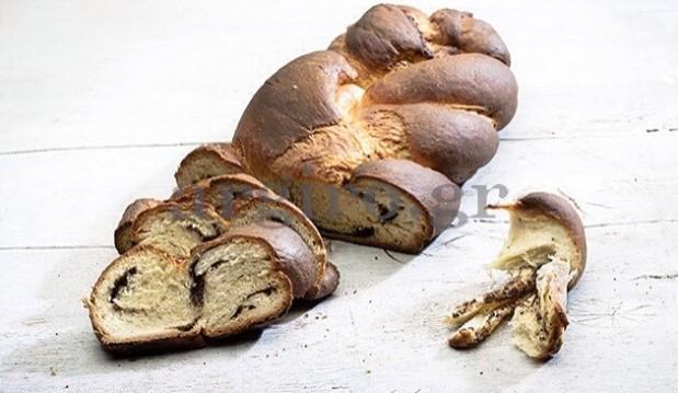 Τσουρέκι νηστίσιμο γεμιστό με σοκολάτα ( Το Πρωινό 2.04.14) από την  Αργυρώ !