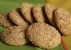 Μπισκότα νηστίσιμα με σουσάμι από την Luise και το «Radicio»  !