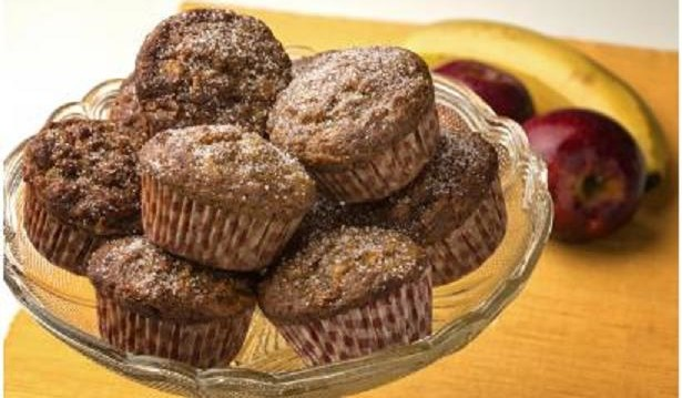 Muffins με μπανάνα και μήλα από την Αλίκη Μάρα,  «Καθημερινή Γευσηλάτρη» και το «Yumm.gr » !
