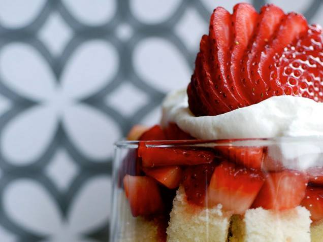 Lemon Pound Cake Parfait Recipe — Dishmaps