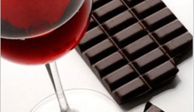 «Σκούρα Σοκολάτα &  Κόκκινο κρασί : Η ρεσβερατρόλη βελτιώνει τη μνήμη! » , από τον Ιωάννη Λ. Σφυρή , Ειδικό Παθολόγο με εξειδίκευση στις διαταραχές μεταβολισμού και την αντιγήρανση .
