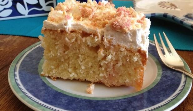 Κέικ σιροπιαστό με ζελέ και δροσερή κρέμα από την αγαπημένη μας Μπέττυ και το «Τaste of life by Betty !