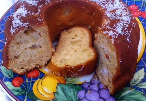 Εξωτικό κέικ με ανανά και καρύδα από την  Μπέττυ μας και το «Taste of life by Betty»!