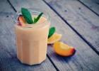 Smoothie με λεμόνι και ροδάκινο-Peach, mint, lemon detox smoothie by Gabriel Nikolaidis  and the Cool Artisan!