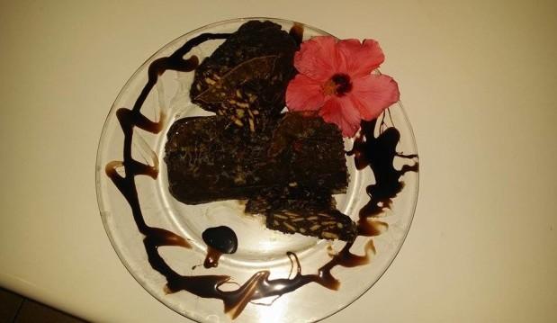 Κορμός  με επικάλυψη σοκολάτας από την  αγαπημένη φίλη  Πέγκυ Κυριακάκη!