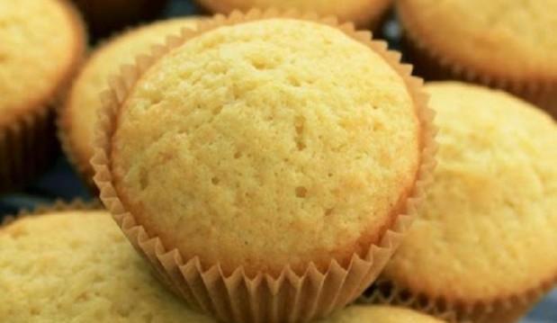 Muffins με 2 μόνο υλικά  από τις  «Γλυκές Τρέλες»!