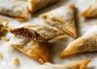 Γεμιστά τρίγωνα αμυγδάλου από την Nestle και το glikessintages.gr!