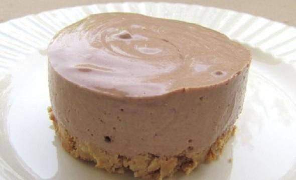 Μπαβαρουάζ Σοκολάτας Γάλακτος από την Μίνα Κακανιά και το gourmed.gr!
