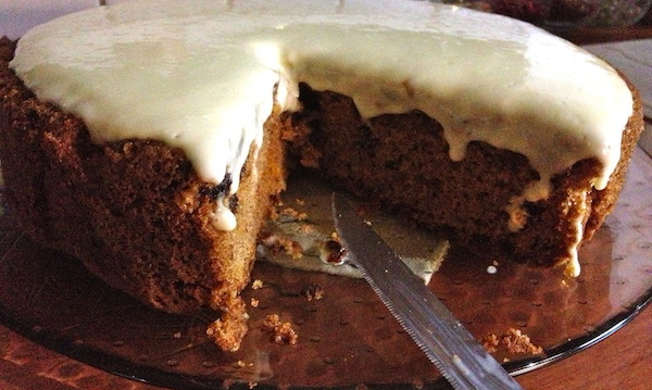 Υπέροχο Κέικ με καρότο και γλάσο τυριού από την Μπέττυ μας και το «Taste of life by Betty»!