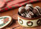 Μελομακάρονα με σοκολάτα, από τον 'Ακη Πετρετζίκη και την Nestle!
