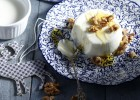 Πανακότα γιαούρτι με μέλι και καρύδια από τον Άκη και το «akispetretzikis.com»!