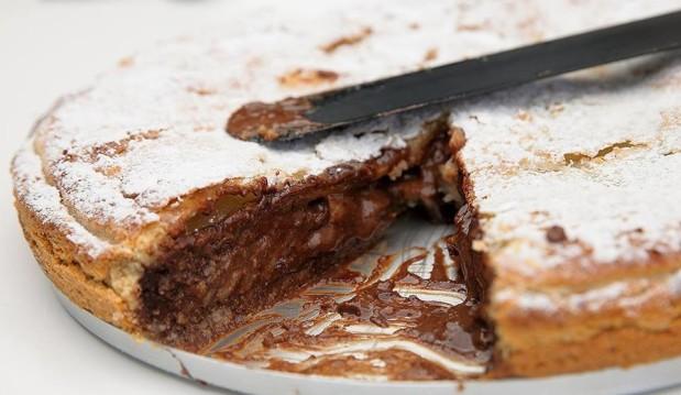 Τάρτα με αχλάδια και σοκολάτα, από τον Παναγιώτη Θεοδωρίτση και τις «Συνταγές Πάνος»!
