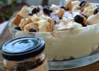 Τράιφλ με μπεζέδες και κρέμα λεμονιού από την Ιωάννα Σταμούλου και το Sweetly!