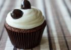 Cupcakes σοκολάτας με πασχαλινά σοκολατένια αυγά, από την Nestle και τις glikessintages.gr!