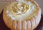 Σαρλότ με μπανάνα και σαβαγιάρ, από την Luise και το Radicio.com!