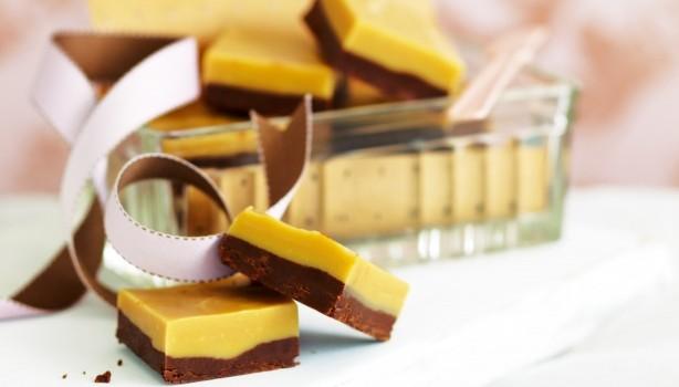 Δροσερό γλύκισμα σοκολατένιας καραμέλας, από το sintayes.gr!