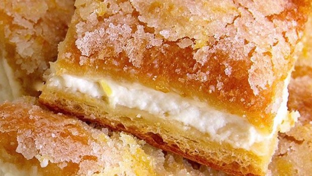 Λεμονόπιτα με τραγανό φύλλο και κρέμα τυριού, από το sintayes.gr!