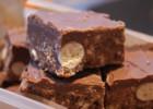 Γλυκό ψυγείου με maltesers και σοκολάτα γάλακτος, από το sintayes.gr!