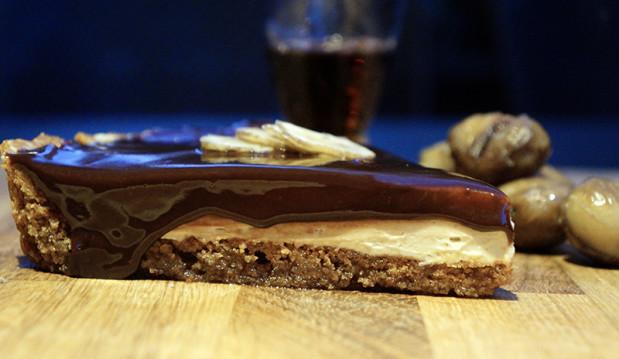 Τάρτα μελομακάρονου με κρέμα κάστανο και γλάσο σοκολάτας, από τον  chef Αντώνη Γιαννακάρη και το ionsweets.gr!