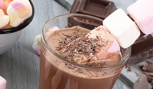 Ρόφημα ζεστής σοκολάτας, από την  Nestlé, και το nestlenoiazomai.gr!