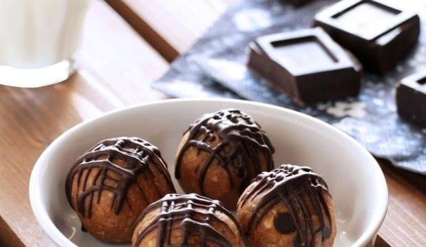 Νηστίσιμα και υγιεινά τρουφάκια, από την Ερμιόνη Τυλιπάκη και το «The one with all the tastes»!