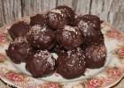 Cake pops (Σοκολατάκια από κέικ που περίσσεψε), από την Κατερίνα και το «Ζουμ στην Κανέλα»!