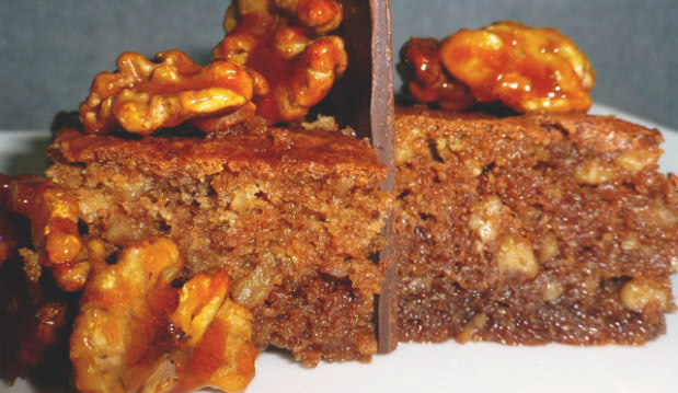 Καρυδόπιτα με Κακάο ΙΟΝ, από τον Μιχάλη Σαράβα και το ionsweets.gr!