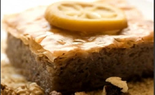 Νηστίσιμη πίτα με σουσάμι και ταχίνι, από το sidagi.gr!