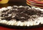Πανεύκολη σοκολατένια τούρτα-παγωτό, από το nestlenoiazomai!