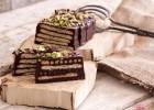 Κορμός με σοκολάτα και Πτι Μπερ, από τον Άκη Πετρετζίκη, την Nestle  και το glikessintages.gr!