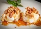 Παγωτό-γιαούρτι με μέλι και καρύδια, από το sintayes.gr!