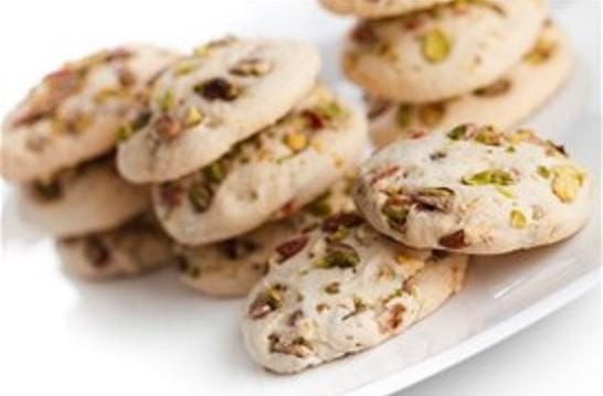 Cookies αχλάδια, λευκή σοκολάτα και φιστίκια Αιγίνης, από τον Δημήτρη Σκαρμούτσο και το dimitrisskarmoutsos.gr!