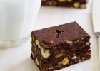 Πανεύκολο σοκολατένιο γλύκισμα ψυγείου με σύκα, από το sintayes.gr!