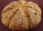 Σπιτικό ψωμί με μούσλι, από την Luise και το  radicio.com!