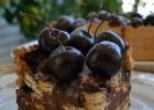 Εύκολη τουρτίτσα σοκολάτας με 5 μόνο υλικά, από την Ιωάννα Σταμούλου και το sweetly!