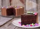 Τούρτα σοκολάτα με Kit Kat, από τον Άκη  και το «glikessintages» της Nestle!