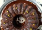 Νηστίσιμο, κολασμένο κέικ σοκολάτα πορτοκάλι με σάλτσα σοκολάτας-Scrumptious chocolate orange cake with chocolate sauce, by Lenia and  Veggie sisters!