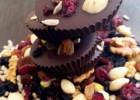 «Πανεύκολα σοκολατάκια μαύρης σοκολάτας με cranberries, σταφίδες, ηλιόσπορους και αμύγδαλα», από την Αριάδνη Πούλιου και το ionsweets.gr!