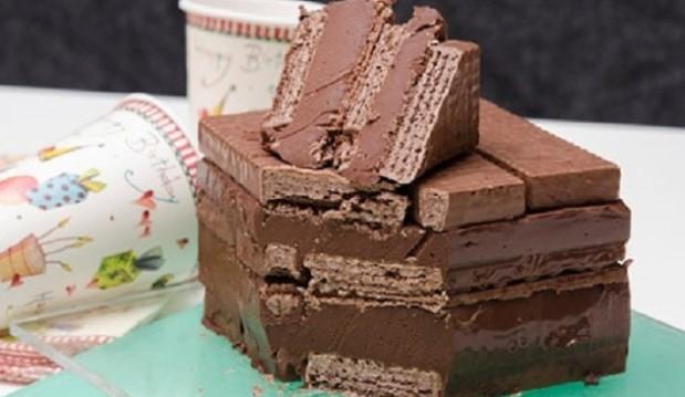 Σοκολατένια τούρτα ψυγείου με γκοφρέτες 3Bit, με 3 υλικά, από τo sintayes.gr!