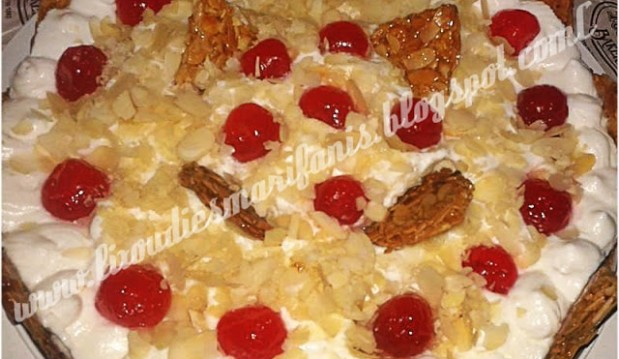 Ανάλαφρη τούρτα αμυγδάλου, από την Μαριφάνη Ξανθάκη και τις Λιχουδιές της Μαριφάνης!