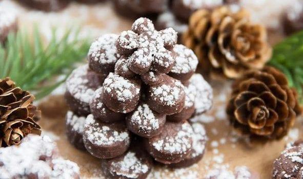 Κουραμπιέδες με σοκολάτα και φουντούκια, από το sintayes.gr!
