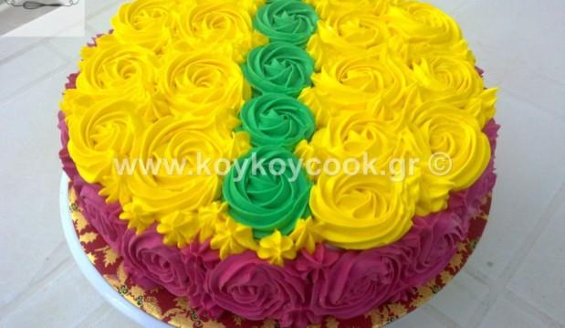 Τούρτα βανίλια με κρέμα σοκολάτας, swirl rose tricolore , από την αγαπημένη Ρένα Κώστογλου και το koykoycook.gr!