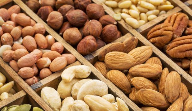 «Με ποιους ξηρούς καρπούς θα ρίξετε την «κακή» χοληστερόλη», από το onmed.gr!