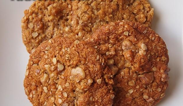 Μπισκότα με βρώμη και καρύδια, από την Luise και το Radicio.com!