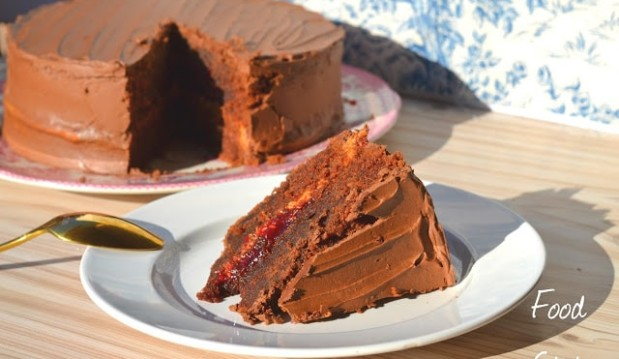 Τούρτα σοκολάτας με γέμιση φυστικοβούτυρο και σοκολάτα, από την Δήμητρα και τον Λευτέρη του foodstates.gr!