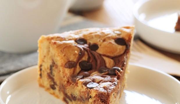 Πίτα μπισκότου με nutella και σοκολάτα, από την Ερμιόνη Τυλιπάκη και το «The one with all the tastes»!
