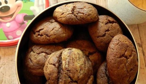 Νηστίσιμα κουλουράκια με κακάο & φυστικοβούτυρο-Vegan cocoa peanut butter cookies by the Veggie sisters!